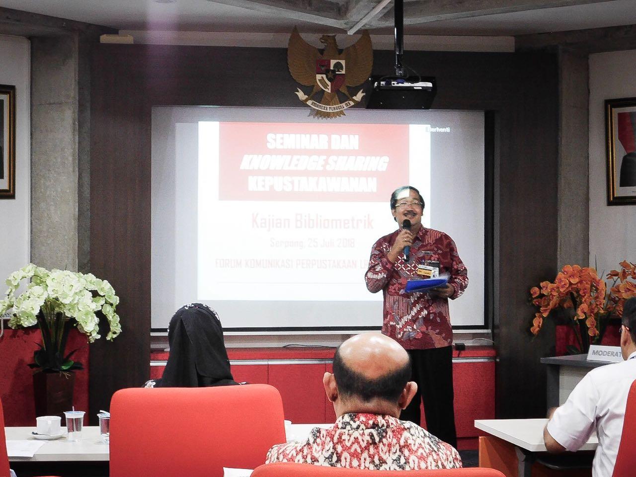Kepala Pusat Informasi dan Dokumentasi Standardisasi, selaku Koordinator Forum memberikan sambutan