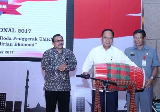 Dukung UMKM di Makassar, BSN Selenggarakan Rangkaian Kegiatan Memperingati Bulan Mutu Nasional 2017