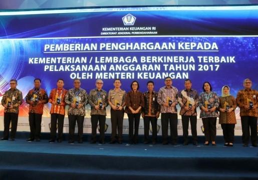 BSN Terima Penghargaan dari Kementerian Keuangan