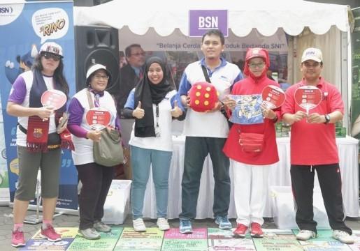 BSN Edukasi Peserta Funwalk dengan Permainan Edukatif