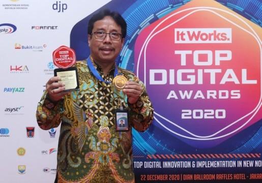 Kepala BSN Raih Penghargaan Top Leader on Digital Implementation 2020