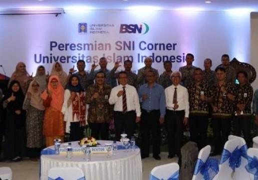 SNI Corner di UII Inspirasi Pendirian SNI Corner Mandiri