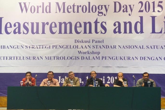 BSN Mengadakan Diskusi Panel dan Workshop dalam Rangka Memperingati Hari Metrologi Dunia 2015 di Auditorium BPPT II, Jakarta, Senin (1/6/15)