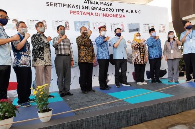 Masker dari kain ber-SNI dari PT Ateja Mask, memenuhi tipe C