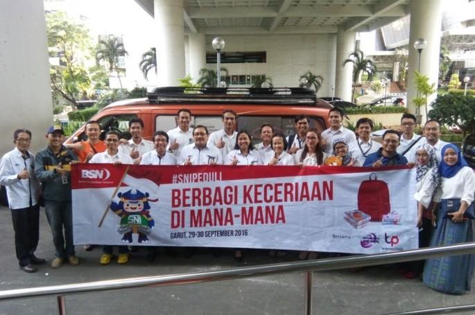 Kepala BSN Lepas Relawan Untuk Garut