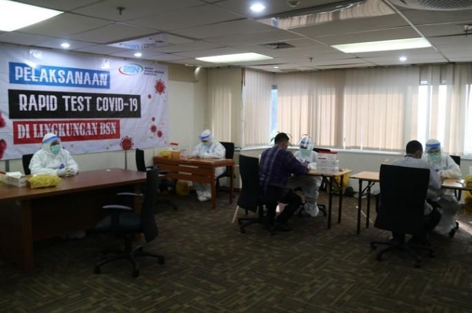 Cegah Penyebaran Covid-19, BSN Gelar Rapid Test Bagi Pegawai