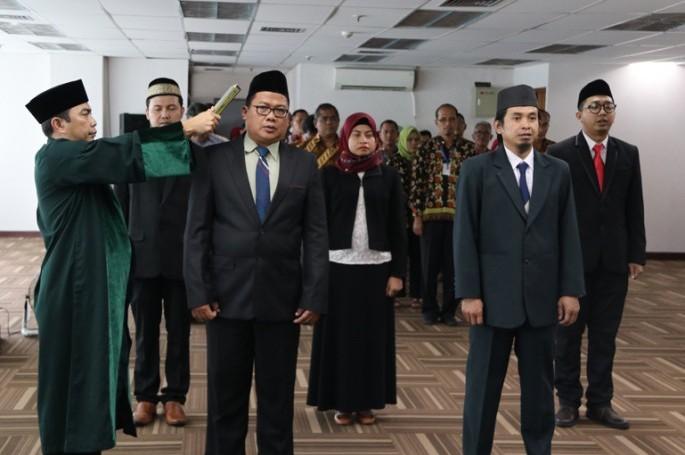 Sekretaris Utama Lantik 5 Pejabat Fungsional BSN
