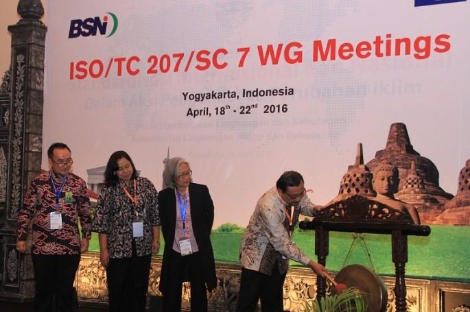 Pembukaan Working Group Meeting ISO/TC 207/SC 7