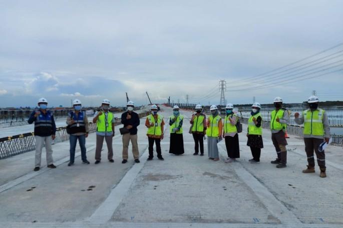 Pelaksana Proyek Jalan Tol Semarang - Demak, Butuh Standar Geometrik Jalan Dan Standar Bambu Untuk Pelapis Fondasi